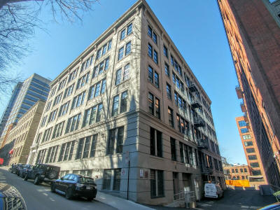Gillette_Lofts_Building_from_St_Alexandre_Downtown_Realty_Team.jpg